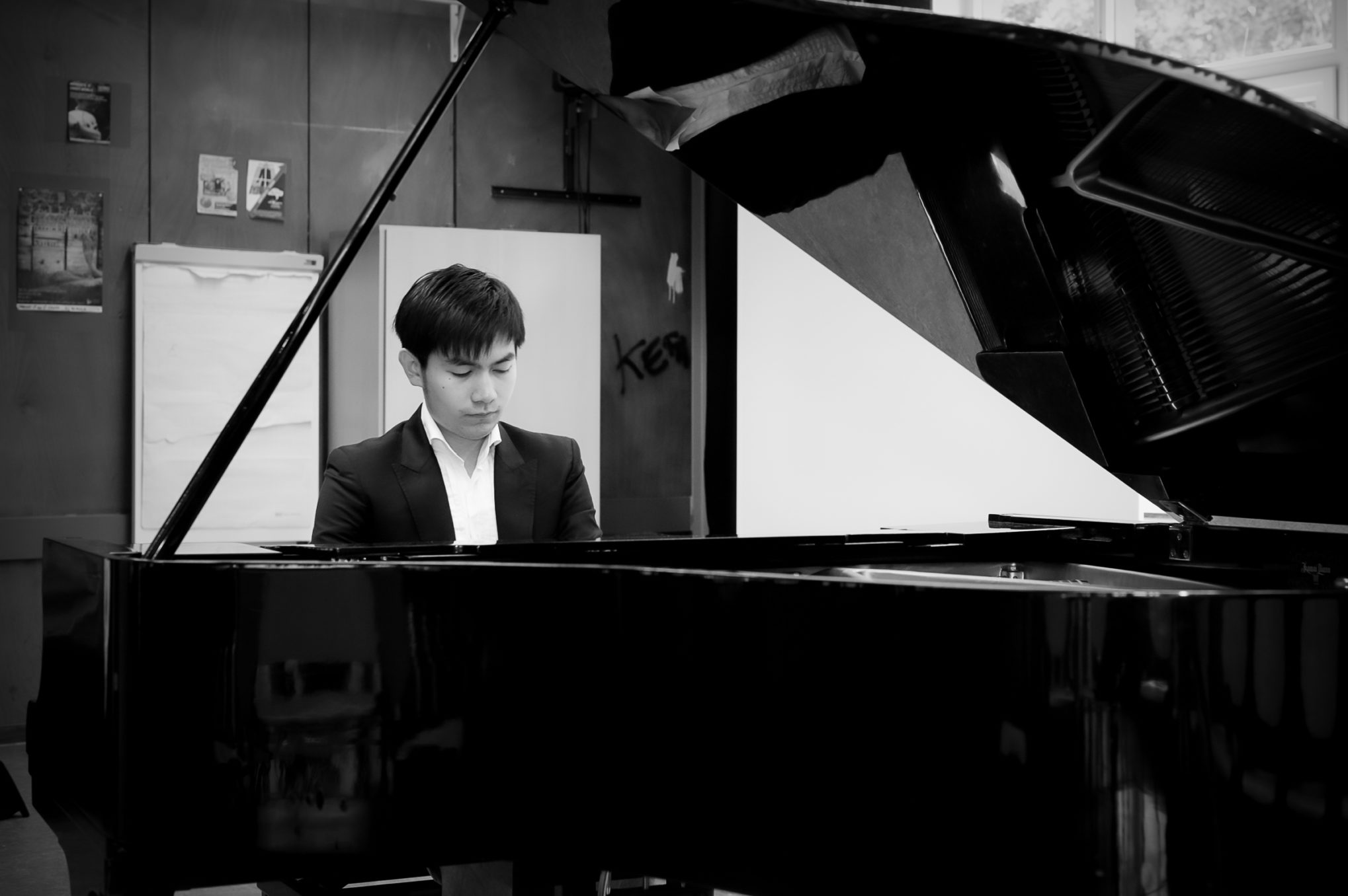 STAR platform music artistic producer and pianist